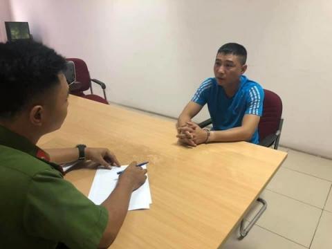 Võ Minh Đức tại cơ quan công an. Ảnh: Facebook Trần Tuyết Mai