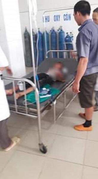 Vụ cháu bé bị bác họ chém đứt lìa tay ở Bắc Giang: Nạn nhân vô cùng sợ hãi, hoảng loạn khi tỉnh lại-2