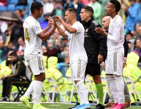 Benzema lập cú đúp, Real Madrid thắng trận đầu tại Bernabeu - 1