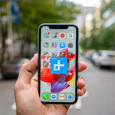 Mua iPhone 11 hay XS Max khi có mức giá tương đương nhau? - 1