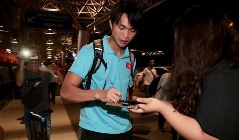 Thầy trò Park Hang-seo về nước, quyết thắng UAE và Thái Lan  - ảnh 11
