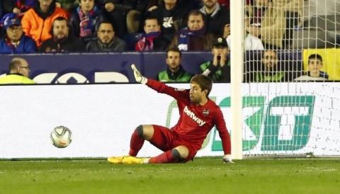 Real mat ngoi dau bang sau tran thua Levante hinh anh 4 thu_mon.jpg