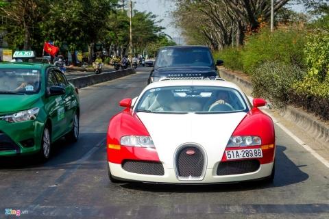 Pagani Huayra chi xep thu 2 trong so nhung chiec xe dat gia nhat VN hinh anh 3 Veyron_Minh_Nhua_zing_2.jpg