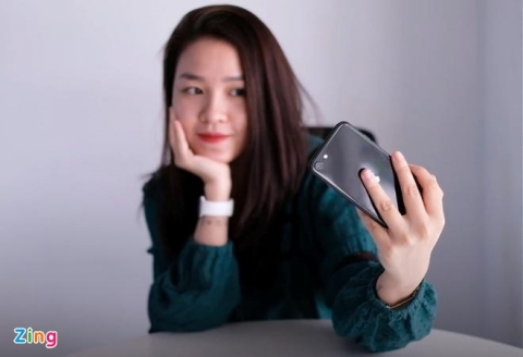 iPhone SE 2020 chinh hang giam gia anh 2