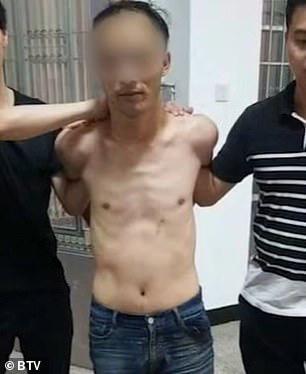 Trung Quốc: Xông vào siêu thị đâm chém làm 10 người thương vong - Ảnh 1.