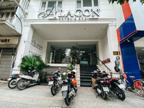 Hàng loạt khách sạn ở trung tâm Sài Gòn ngừng hoạt động, rao bán vì 'ngấm đòn' Covid-19 - 1