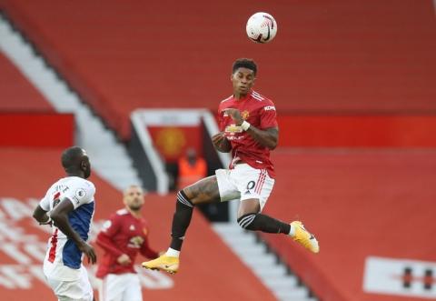 Tân binh de Beek lập công, Man United thua thảm ở Old Trafford - Ảnh 1.