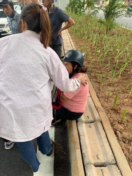 Lý lịch bất hảo của thiếu niên 17 tuổi dùng gậy đập phá xe máy của người bênh vực bà bầu sau va chạm giao thông - 1