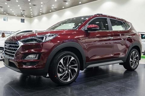 Hyundai Tucson đang rẻ hơn Honda CR-V cả trăm triệu đồng