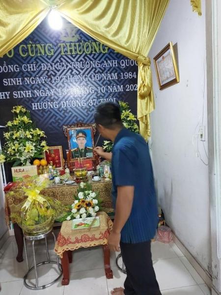huong-giang-tham-nha-liet-si 2