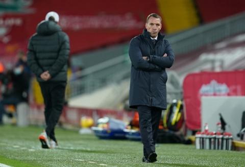 Mưa bàn thắng đánh đầu, Liverpool trở lại ngôi nhì Ngoại hạng Anh - Ảnh 1.