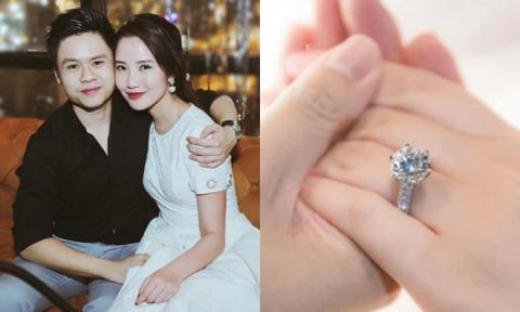 Vợ sắp cưới của Phan Thành: Thi trượt hoa hậu, là tiểu thư có mẹ ruột quyền lực - Ảnh 1.