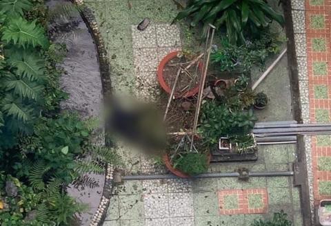 Cựu sinh viên rơi từ tầng 6 trường Đại học Ngoại Ngữ - Tin Học TP.HCM