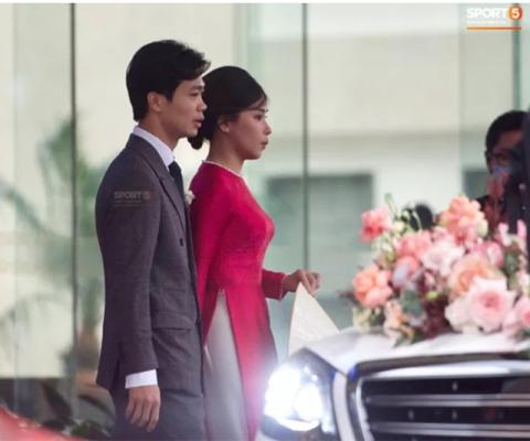 Công Phượng đón dâu bằng siêu xe Mercedes Maybach, đoàn nhà gái 50 người từ TP. HCM đưa Viên Minh về nhà chồng 1