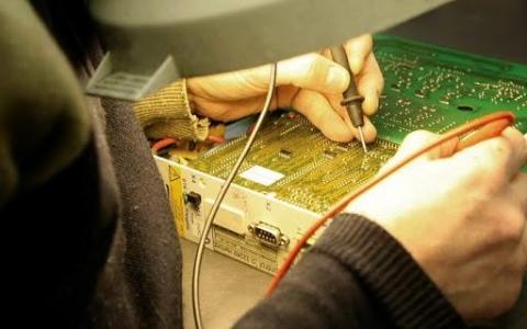 Dịch vụ sửa chữa tivi tại nhà ở Hà Nội - Bảo hành tivi 24