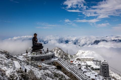 Toàn cảnh đỉnh Fansipan đẹp đến nao lòng trong màu tuyết trắng, ai mà nghĩ đây là Việt Nam chứ? - 3
