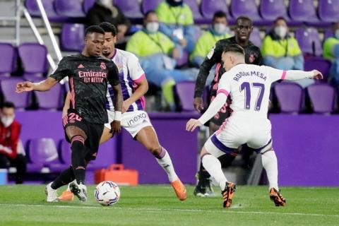 Real Madrid chật vật thắng đội áp chót, thu hẹp khoảng cách với Atletico