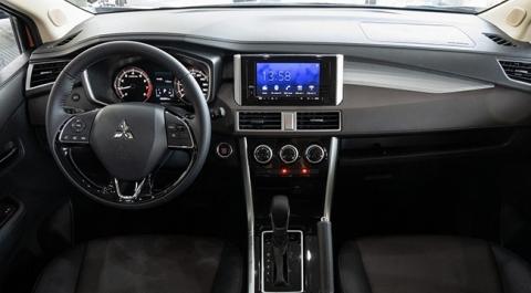 Vì sao Mitsubishi Xpander truất ngôi 'vua doanh số' của Toyota Vios? - 1