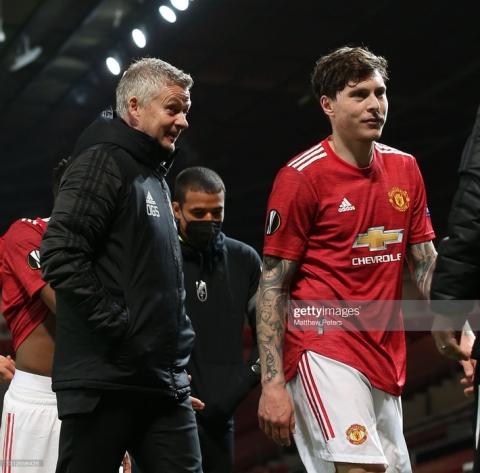 Man United đối mặt với nỗi ám ảnh lớn nhất của Solskjaer; Arsenal ngược dòng bằng 4 bàn thắng - Ảnh 2.