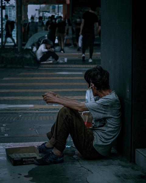 Nghèo không phải là cái tội, nhưng nghèo mà mang hai tâm lý này thì cả đời không ngóc đầu lên nổi - Ảnh 2.