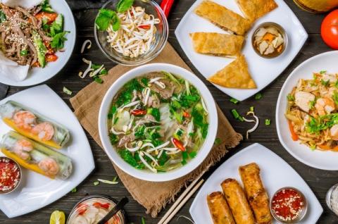 Việt Nam lọt top điểm đến ẩm thực tốt nhất thế giới do Lonely Planet bình chọn, nghe lời tạp chí nổi tiếng giới thiệu còn tự hào hơn - Ảnh 2.