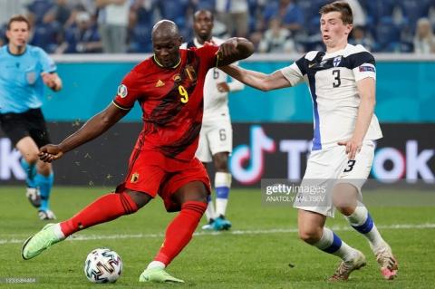 Euro 2020: Đan Mạch hồi sinh theo kịch bản không tưởng; Lukaku tuyên chiến với Ronaldo - Ảnh 5.