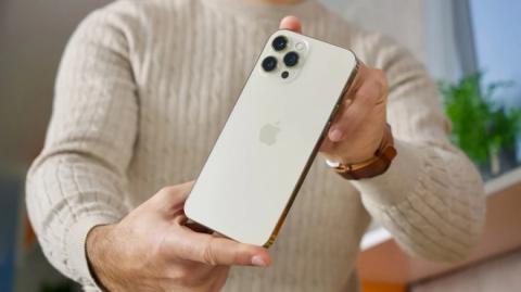 Apple ra mắt iPhone 14 Max thỏa mãn giấc mơ mua iPhone giá mềm của iFan? - Ảnh 2.