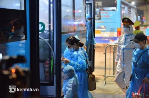 Hà Nội: Ổ dịch siêu lây nhiễm phường Thanh Xuân Trung vượt 500 ca nhiễm - Ảnh 1.