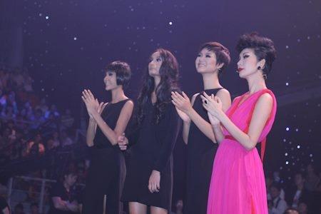 Trà My: Á quân có nụ cười đẹp nhất Viet Nam Next Top Model 2011