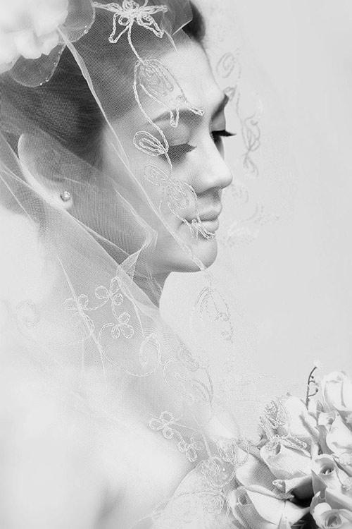 Lung linh ảnh Lâm Chí Khanh mặc váy cưới - 3