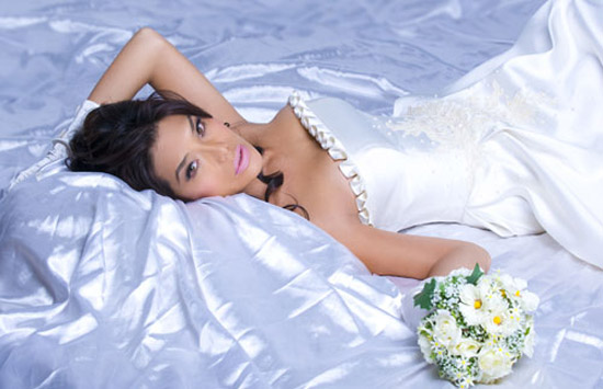 Những nhan sắc cô dâu chuyển giới rung chuyển Vbiz