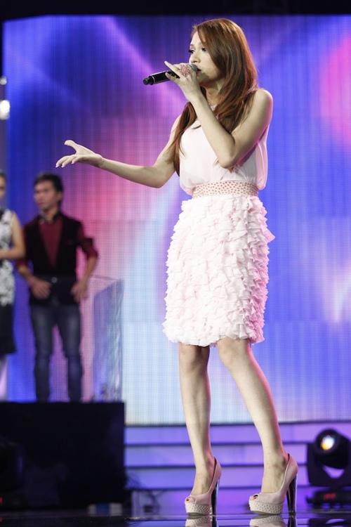 Hương Giang Idol nhớ lại thời là thằng nhóc thích mặc váy
