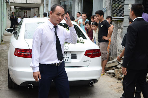 Cận cảnh siêu xe đón dâu đám cưới Tăng Thanh Hà
