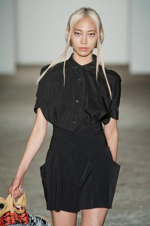 Xu hướng tóc Half-tuck cho mùa mốt 2012/2013 5