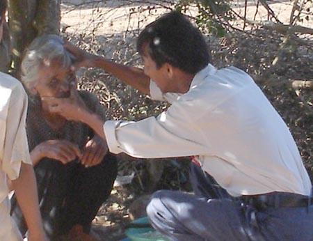 Tiếp câu chuyện về 'ấp người mù' ở miền Tây