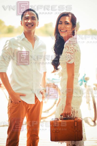 Tăng Thanh Hà và Louis hạnh phúc trong những bức ảnh cưới.