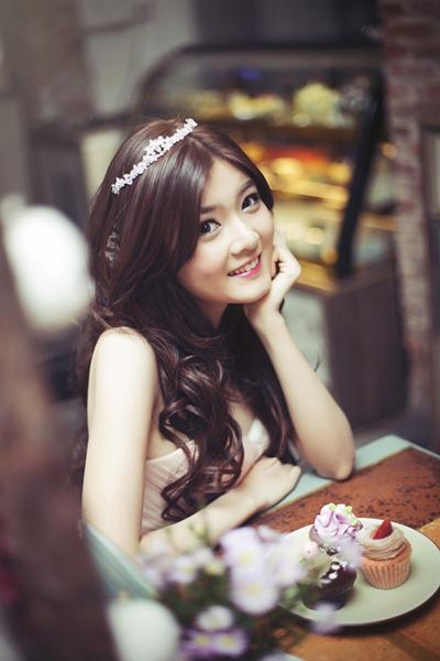 Ngất ngây trước vẻ đẹp ngọt ngào của hotgirl Lilly Luta