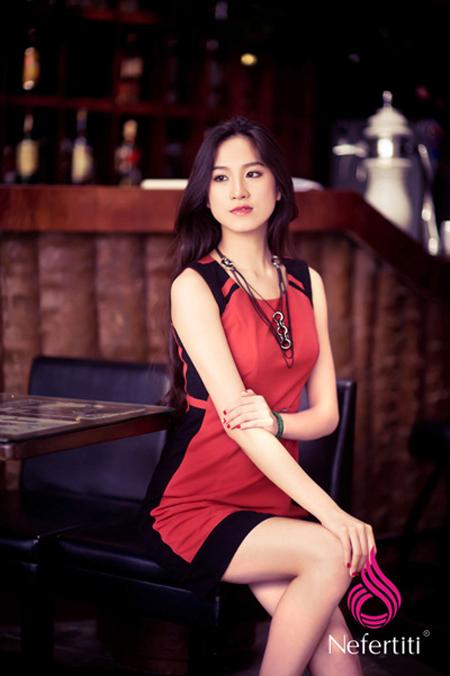 Thời trang Nefertiti xuân hè 2012 hấp dẫn quý cô công sở