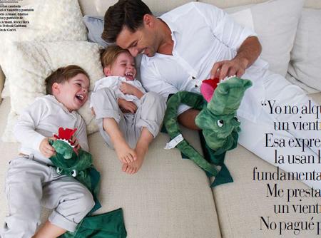 Ricky Martin khoe con trai đẹp như thiên thần