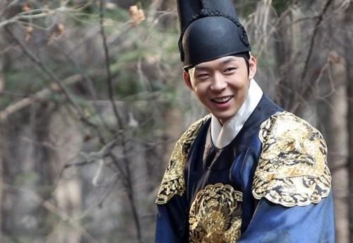 Chàng 'hoàng tử gác mái' khiến fan điên đảo