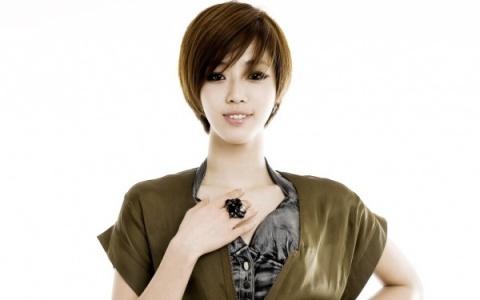 Eun Jung của T-ara khóc ròng vì mất tiền