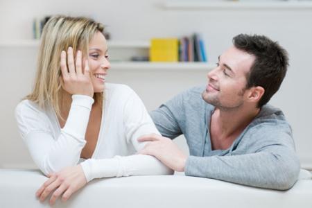 5 biểu hiện cho thấy anh ấy là người chồng tốt