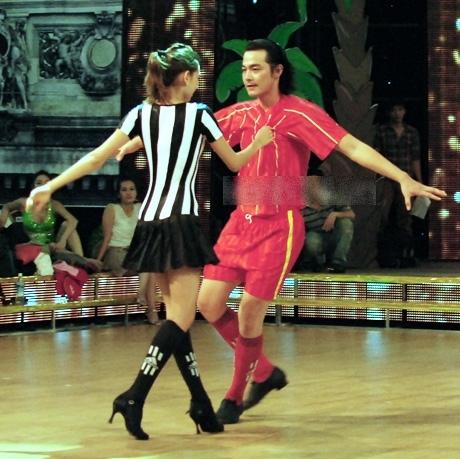 Trực tiếp Bước nhảy Hoàn vũ 2012 tuần 5 (22/4): Đêm vũ hội hóa trang