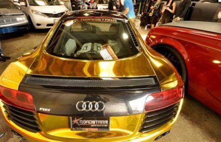 Ngắm siêu xe mạ vàng của rapper gốc Việt