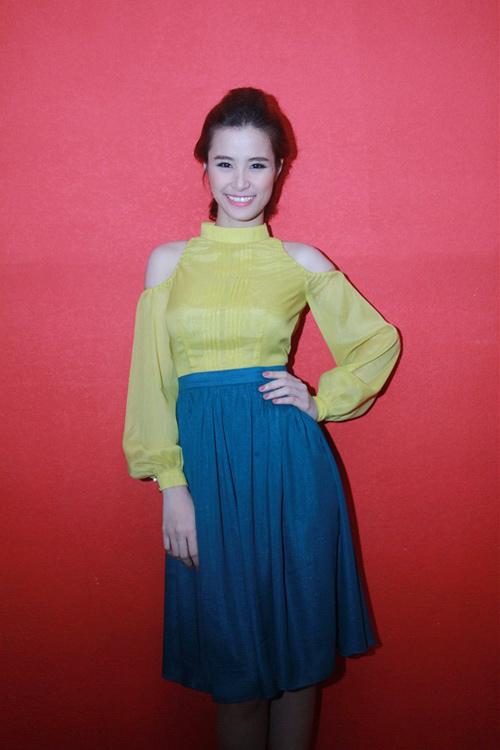 Váy midi 2012 'hớp hồn' mỹ nhân Việt