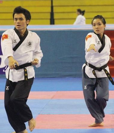 Giải vô địch quyền Taekwondo châu Á 2012: Việt Nam giành 2 HCV