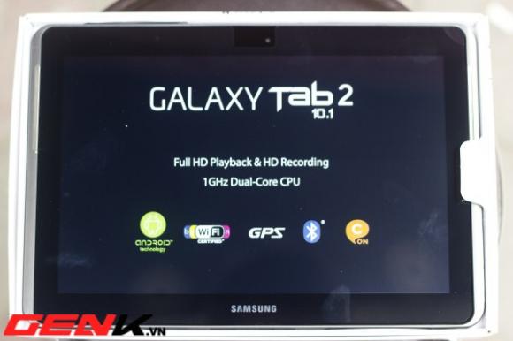 Đập hộp Galaxy Tab 2 10.1 chính hãng tại Hà Nội