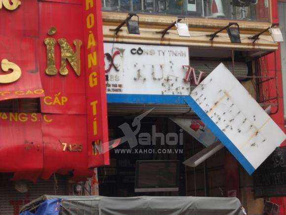 Hà Nội: Nổ lớn ở tiệm vàng, nhiều người bị thương