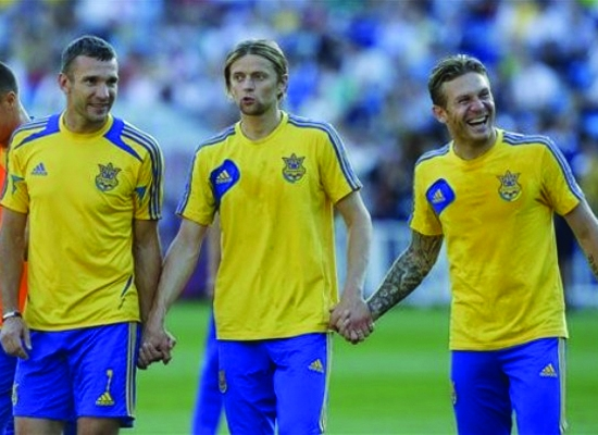 Những cuộc chia tay ĐTQG sau VCK Euro 2012: Tạm biệt những tượng đài