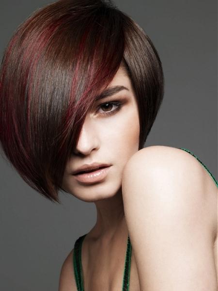 Kiểu tóc layer ấn tượng cho những cô nàng mặt bầu bĩnh